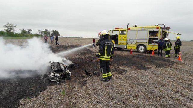 Se estrelló un avión en un campo cercano a Venado Tuerto y murieron sus dos ocupantes