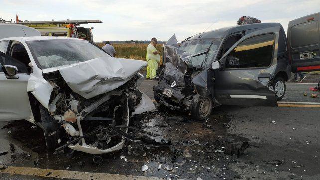 Tres muertos en un choque frontal en el sur de Santa Fe