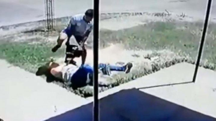 Brutal asalto de un motochorro a una mujer en Córdoba