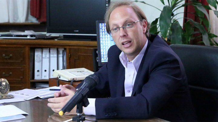 Saglione: Está garantizado el pago de sueldos y aguinaldos con cláusula gatillo