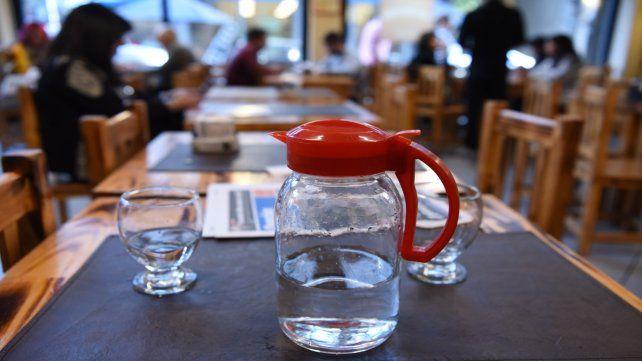 Acompañamiento natural. En todos los locales gastronómicos se podrá solicitar agua potable.