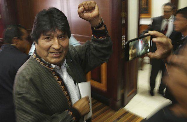 Evo Morales llegó a Argentina y pedirá asilo político