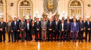 alberto fernandez suspende el pacto fiscal y las provincias frenan los juicios a la nacion