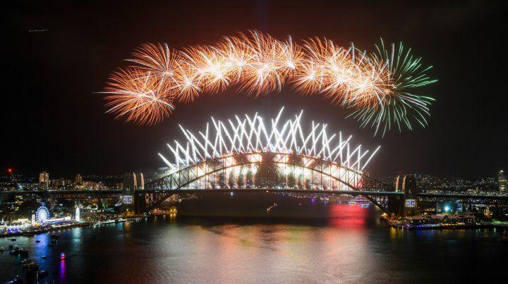 El mundo celebra la llegada del 2020 con fiestas y fuegos artificiales