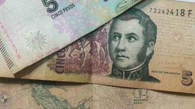 El billete de cinco pesos saldrá de circulación el próximo 1º de febrero.