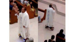 Sancionan a un sacerdote por usar una patineta en misa