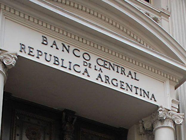 El Banco Central perdió casi 5.900 millones de dólares en reservas en 2015