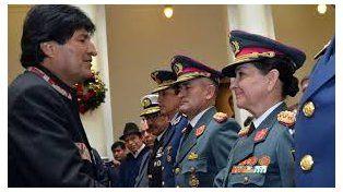 Evo Morales designó como jefa del Ejército a la hija del militar que capturó al Che Guevara