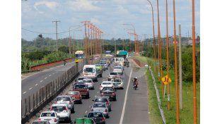 Interminable. Durante toda la jornada de ayer se repitieron los cortes de tránsito.