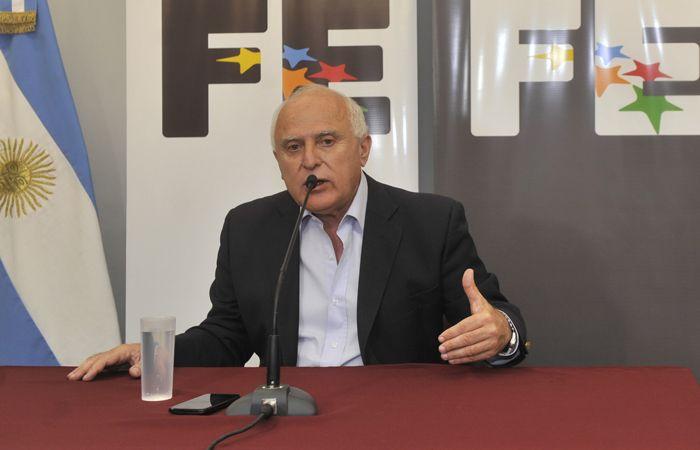 Miguel Lifschitz dijo que con los fondos se pagarán deudas a contratistas y proveedores del Estado.