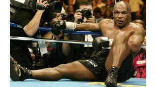 Mike Tyson quedó expuesto tras la viralización del golpe más duro que sufrió