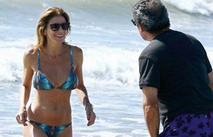 Las curvas de Flavia Palmiero provocan suspiros en Playa Grande