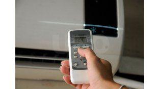 Medido. Un consumo excesivo puede afectar la red que distribuye la energía y terminar en un corte de luz. UNO de Santa Fe/Mauricio Centurión