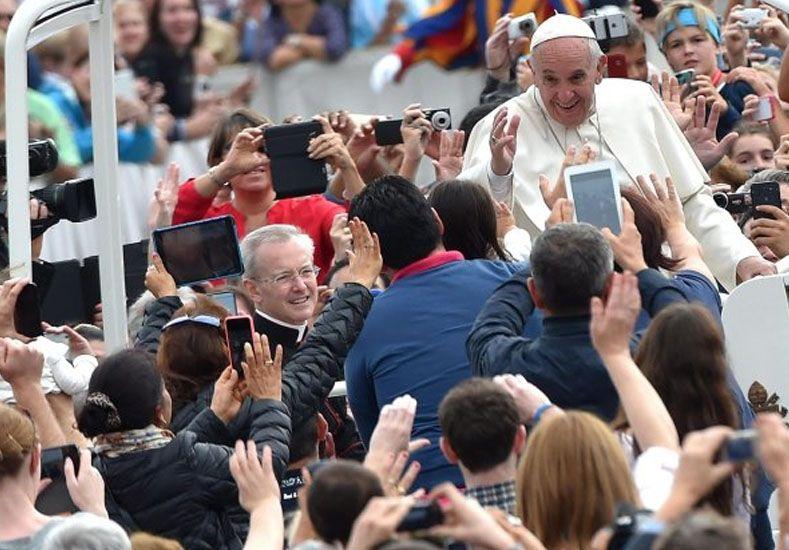 Francisco celebra el Jubileo de la Familia, con miles de fieles de todo el mundo