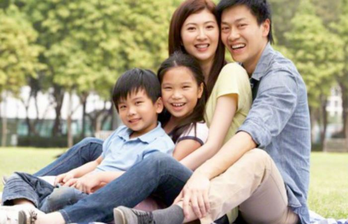 Las familias chinas podrán legalmente desde el 1 de enero de 2016 tener dos hijos sin sufrir persecuciones.