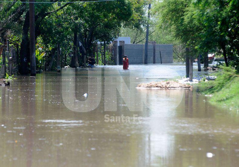 El río Paraná superó el nivel de evacuación en Santa Fe