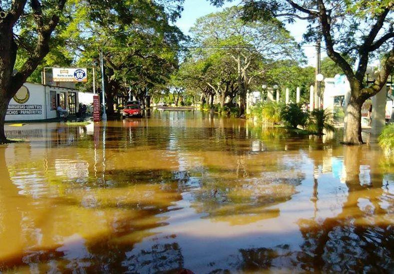 Inundaciones: Macri suspende sus vacaciones y viaja a Concordia