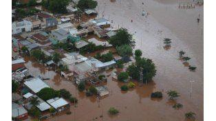 Avanza. Concordia sufre la crecida del río Uruguay. Temen peor escenario.