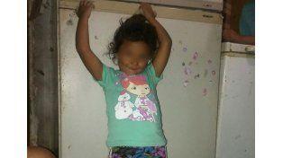 Con saña. La nena iba junto a su padre en un carro a tracción a sangre. La bala impactó en el cráneo.