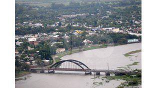 Intenso. El caudal de tránsito que a diario circula por el viaducto es constante / Foto: Manuel Testi - Uno Santa Fe