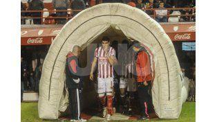 Una de las virtudes que adquirió el jugador en este último tiempo es ser además volante por afuera / Foto: Mauricio Centurión - Uno Santa Fe
