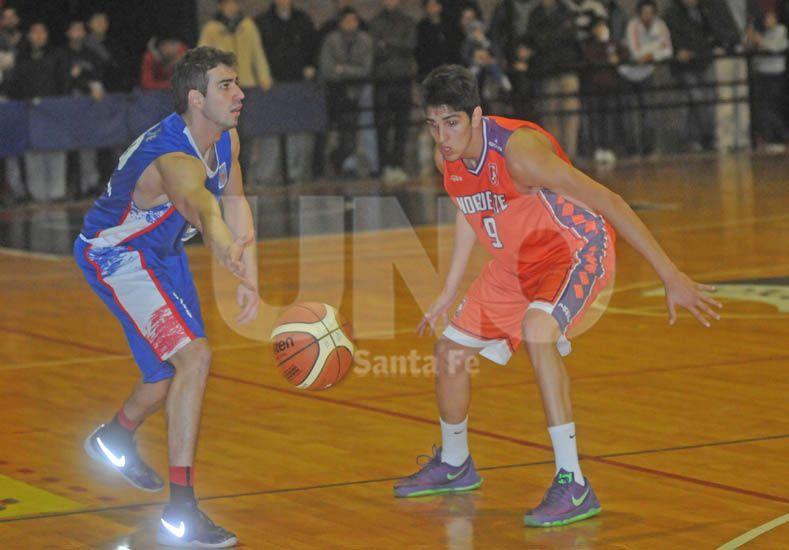 Santa Fe puso primera a fondo en la defensa de su título provincial / Foto: Manuel Testi - Uno Santa Fe