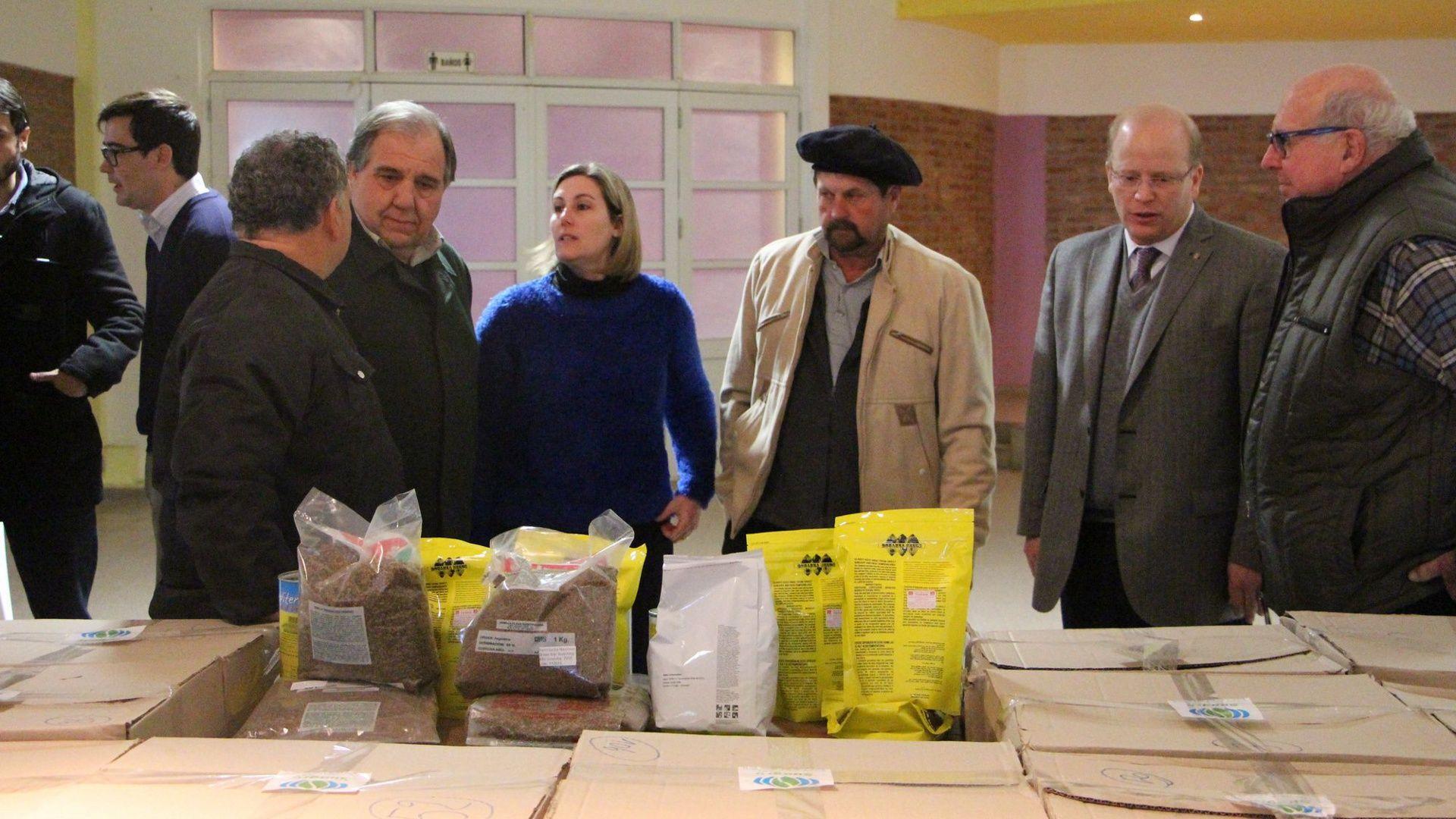 Entregaron 365 cajas de semillas para reactivar el sector hortícola en Santa Fe