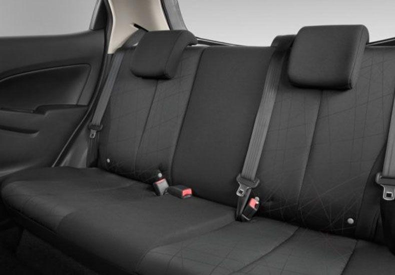 Detienen a una mujer que viajaba con los cadáveres de sus hijos en el asiento trasero del auto