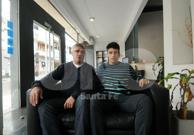 Nicolás junto a su papá Oscar