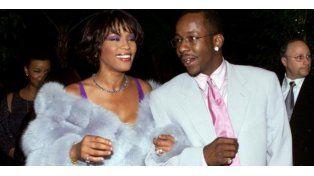 Whitney Houston aspiró cocaína el día de nuestra boda