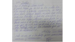 Le dieron boleto estudiantil al chico cuyo padre escribió una carta pidiendo ayuda