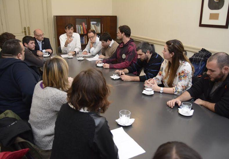 Bullrich se reunión con la FUA para dialogar sobre el futuro del sistema universitario