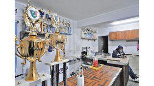 El club se llevó dos trofeos del torneo en CAVES de la semana pasada.
