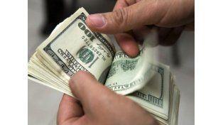 Paso a paso para pedir la devolución por la compra de dólares en 2015