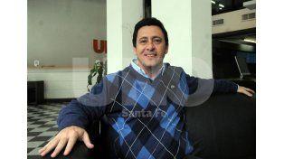 Gustavo Abraham está entusiasmado con la respuesta de la gente y confía en ser presidente de Colón / Foto: Mauricio Centurión - Uno Santa Fe