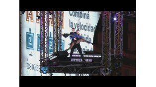 Mora Godoy bailó en el Obelisco y rompió un récord Guinness