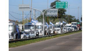 Camioneros y una paritaria que comienza con pedidos del 42%