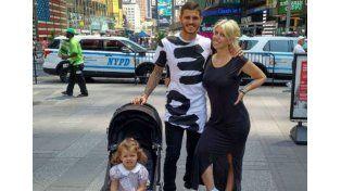 Las fotos de Wanda, Mauro y su hija Francesca de paseo y compras por Nueva York