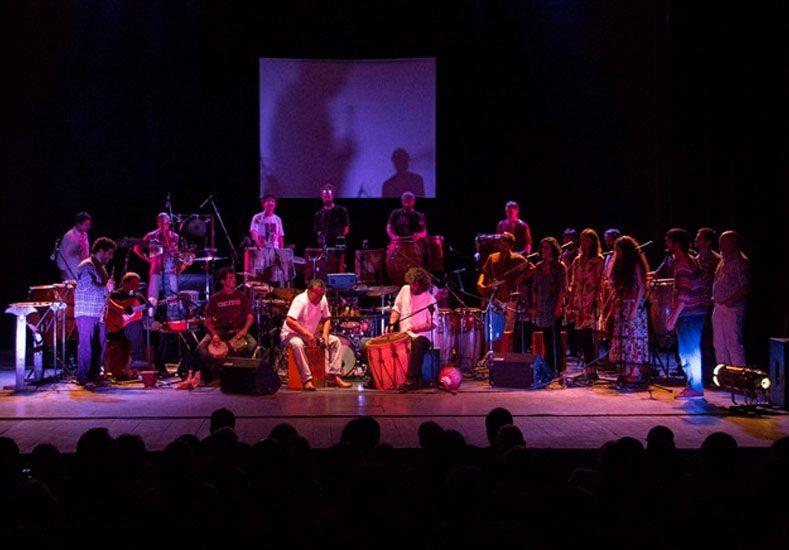 Diseña Santa Fe: intervención de Emparche Ensamble de Percusión