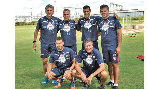 Mariano Lisanti (arriba a la derecha) tuvo mucho que ver en el rendimiento que mostró el equipo. Foto: Prensa Unión