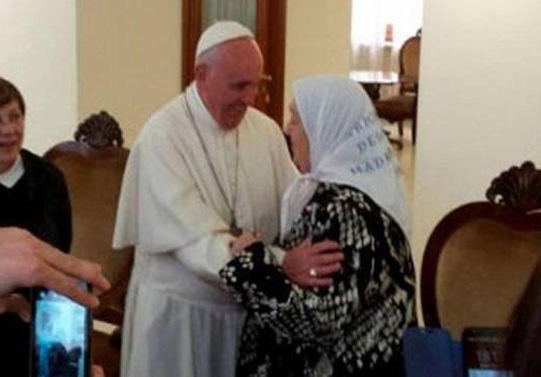 El Papa Francisco mantuvo un ecuentro privado con Hebe de Bonafini