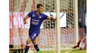 Claudio Riaño fue el máximo anotador tatengue con siete tantos. Foto: gentileza Prensa CAU