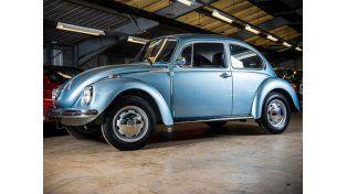 Subastan un Volkswagen Escarabajo de 1974 con apenas 90 kilómetros