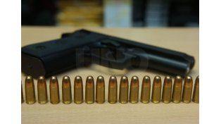 La PDI secuestró dos 9 mm. que pertenecían a la policía. Imagen de archivo.