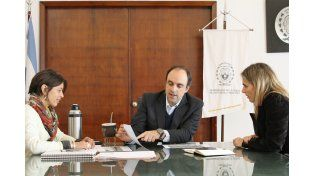 El mandatario local mantuvo un encuentro en el Palacio Municipal con María Soledad Román
