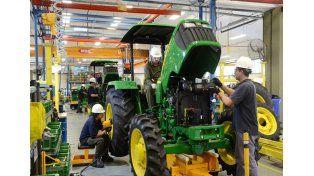 Mano de obra. Las empresas ubicadas en Las Parejas son 144 y generan en la zona más de 2.450 puestos de trabajo.
