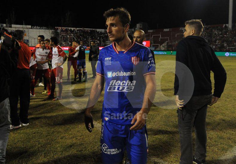 Bruno Pittón estuvo en el banco contra Huracán pero volvería mañana a la titularidad en Rafaela. Foto: José Busiemi / UNO Santa Fe