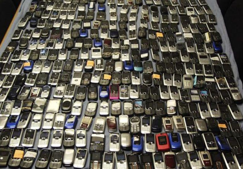 El plan canje de teléfonos apuntará a que 80% de la población use internet móvil