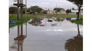 Lo más urgente. El arreglo de las calles es lo primordial para evitar que el colectivo deje de prestar el servicio cuando llueve.