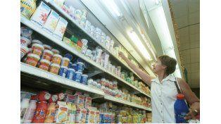 Alimentos y bebidas aumentaron un 36,6% en un año, en promedio